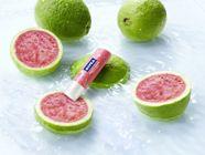 Trie_te-ci vara cu zâmbetul pe buze, cu noul NIVEA Lip Care Fruity Shine Pink Guava!